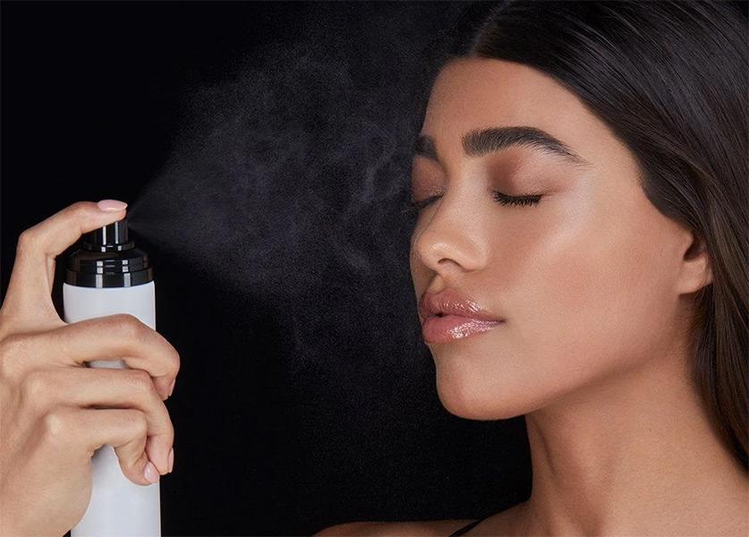 makeup de vara - setting spray